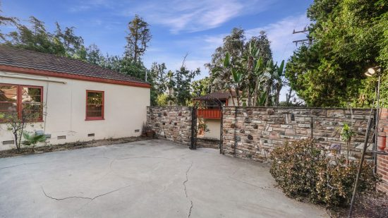 1880 East Altadena Drive 1880_Altadena Dr_High Res_033