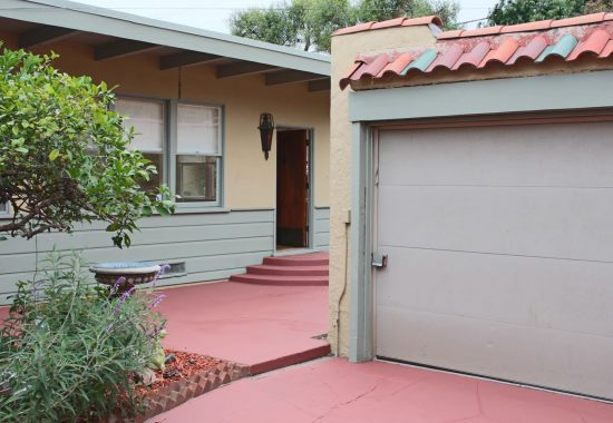 2036 Eucalyptus Avenue  Garage