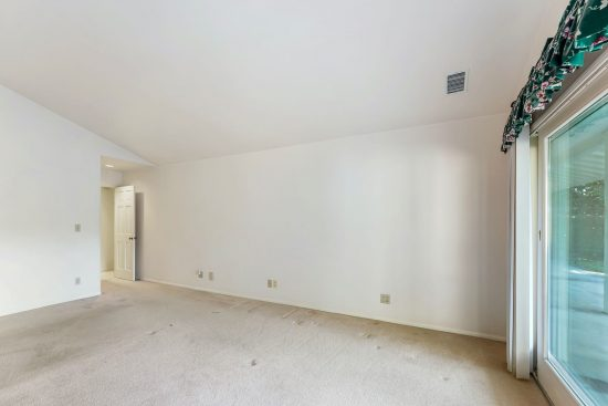 5569 Hallowell Avenue 5569 Hallowell_High Res032