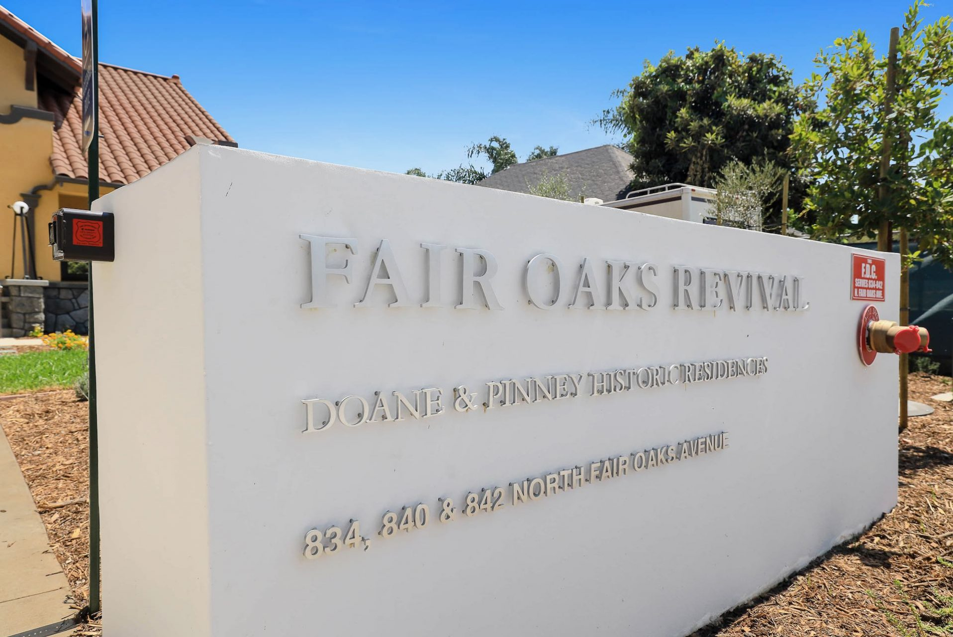 840 North Fair Oaks Avenue Print_2