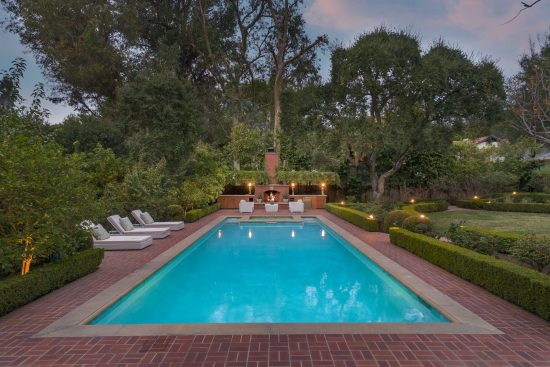1485 Lomita Drive Pool-fireplace Full